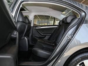 2017款1.6L 自动舒适型 后排空间