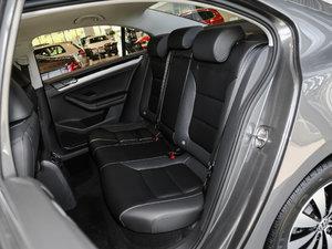 2017款1.6L 自动舒适型 后排座椅