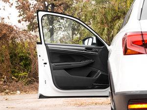 2017款230TSI DSG舒适型 驾驶位车门