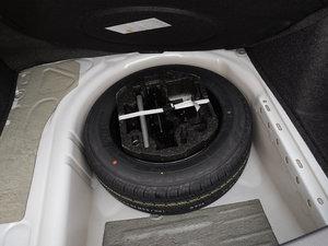 2017款230TSI DSG舒适型 备胎