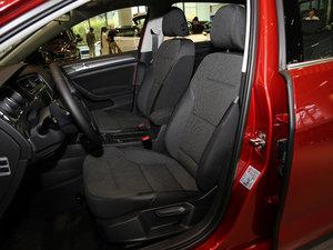 2017款230TSI 自动舒适百万辆纪念版 前排座椅