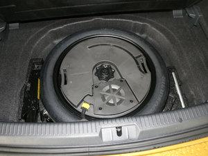 2018款280TSI 自动旗舰型 备胎