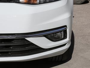 2018款230TSI 自动舒适型 雾灯