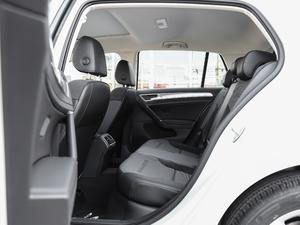 2018款230TSI 自动舒适型 后排空间