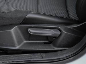 2018款230TSI 自动舒适型 座椅调节
