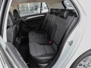 2018款230TSI 自动舒适型 后排座椅