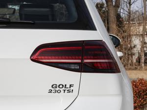 2018款230TSI 自动豪华型 尾灯