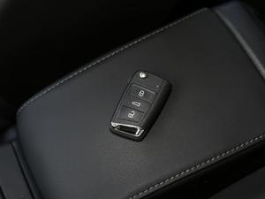 2018款230TSI 自动豪华型 钥匙