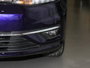 2018款1.6L 自动舒适型 雾灯