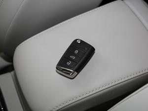 2018款1.6L 自动舒适型 钥匙