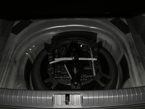 2018款280TSI DSG 领先型 备胎