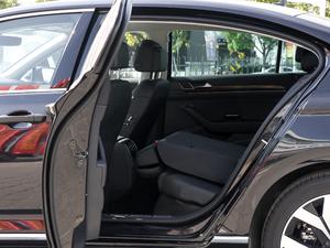 2018款380TSI DSG 尊贵型 后排座椅放倒