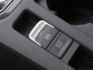 2018款380TSI DSG 尊贵型 驻车制动器