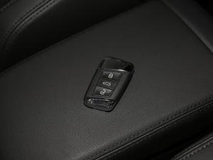 2018款330TSI DSG 豪华型 钥匙