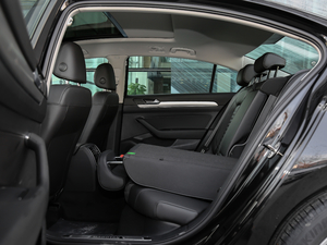 2018款280TSI DSG 舒适型 后排座椅放倒