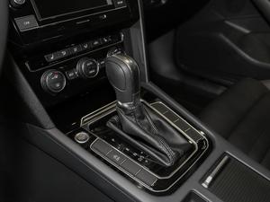 2018款改款 330TSI DSG 豪华型 变速挡杆