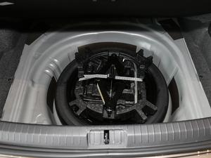 2018款改款 330TSI DSG 豪华型 备胎