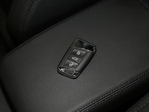 2018款改款 330TSI DSG 豪华型 钥匙