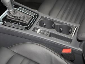 2018款改款 330TSI DSG 豪华型 驻车制动器