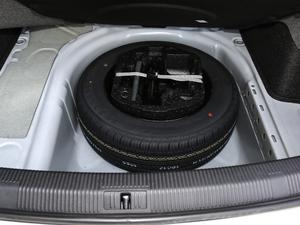 2018款1.5L 自动时尚型 备胎