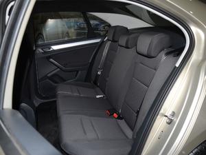 2018款1.5L 手动时尚型 后排座椅