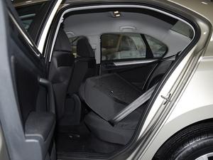 2018款1.5L 手动时尚型 后排座椅放倒