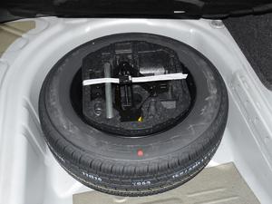 2018款1.5L 手动时尚型 备胎