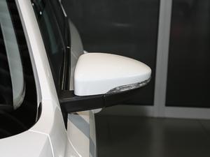 2018款1.5L 手动舒适型 后视镜