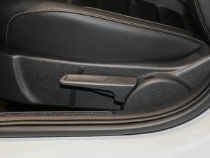 2018款1.5L 手动舒适型 座椅调节