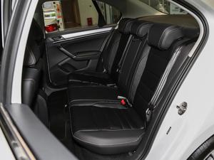 2018款1.5L 手动舒适型 后排座椅