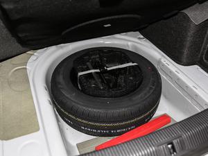 2018款1.5L 手动舒适型 备胎