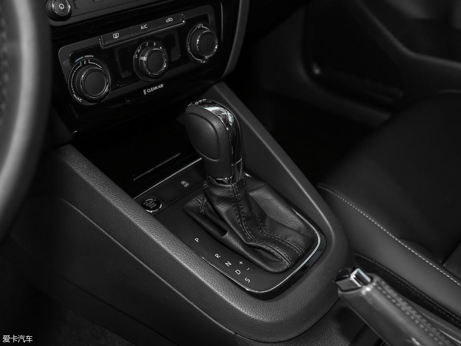 2018款速腾280TSI DSG舒适型