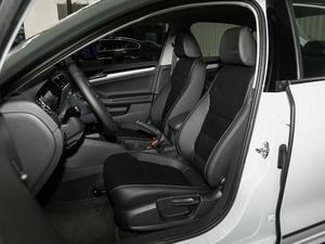 2018款1.6L 自动舒适型 前排座椅
