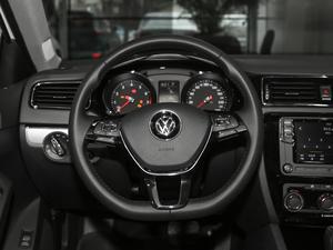 2018款1.6L 自动舒适型 方向盘