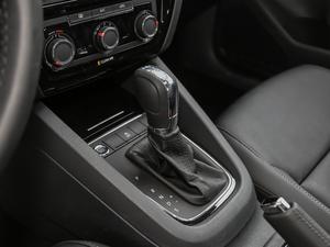 2018款280TSI DSG熠动版 变速挡杆