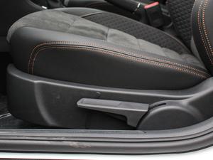 2018款230TSI DSG豪华型 座椅调节