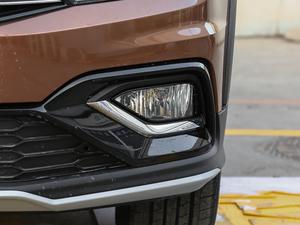 2018款1.5L 自动舒适型 雾灯