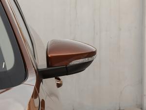 2018款1.5L 自动舒适型 后视镜