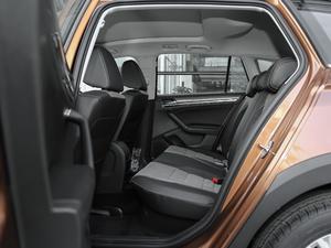 2018款1.5L 自动舒适型 后排空间
