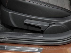 2018款1.5L 自动舒适型 座椅调节