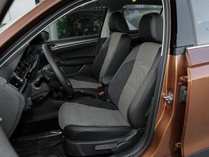 2018款1.5L 自动舒适型 前排座椅