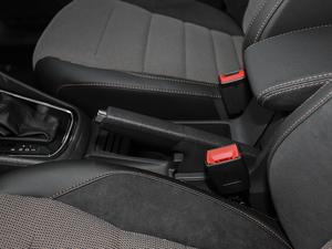2018款1.5L 自动舒适型 驻车制动器