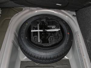 2018款1.5L 自动舒适型 备胎