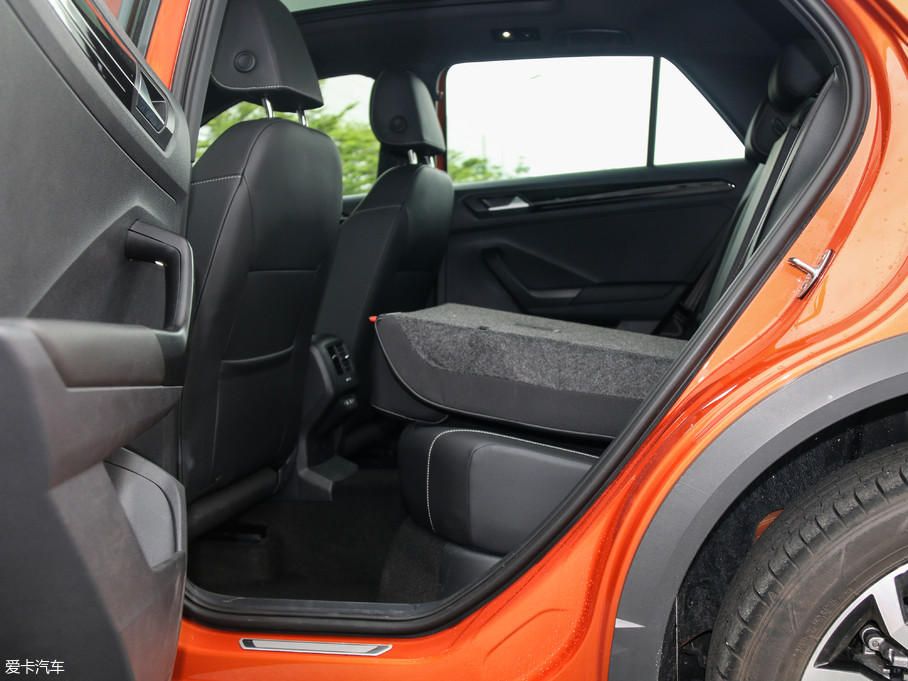 2018款T-ROC探歌280TSI DSG四驱豪华型