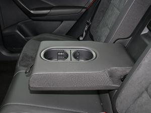 2018款280TSI DSG四驱豪华型 后排中央扶手