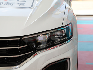 2018款280TSI DSG两驱豪华型 头灯
