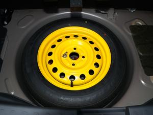 2018款1.4L 手动舒适版 备胎