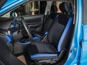 2016款1.5L 自动乐慧版 前排座椅