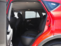 空间座椅海马S5后排空间