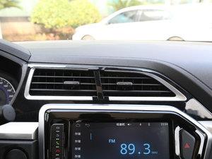 2017款1.6L 手动尊贵型 空调出风口
